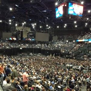 BRUCE SPRINGSTEEN : « ACCOR HOTEL ARENA »